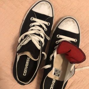 Black converse with tan and red tongue
